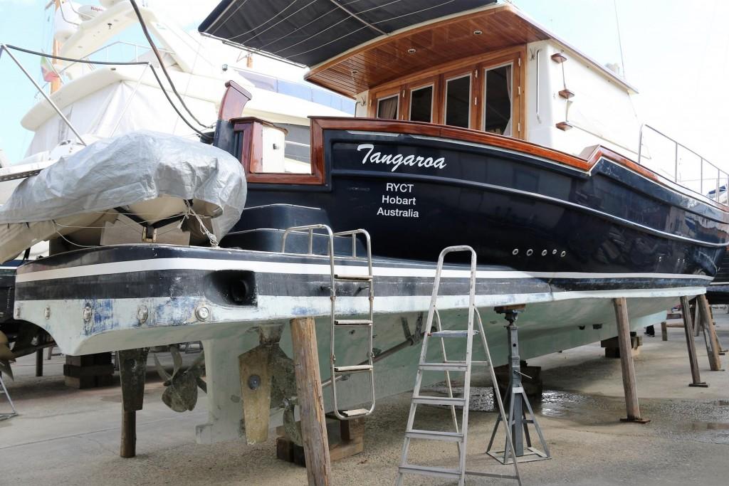 We head across to the Marina di Capitana to see the Tangaroa