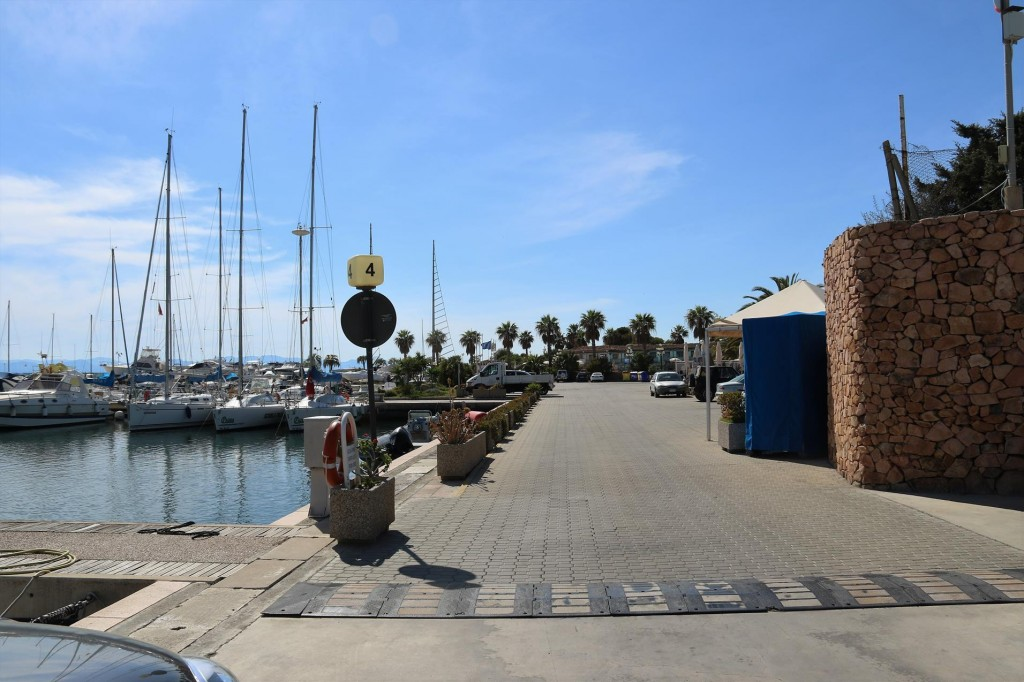 As we leave the marina we decide to go for a drive to Cagliari which is less than 30 minutes away