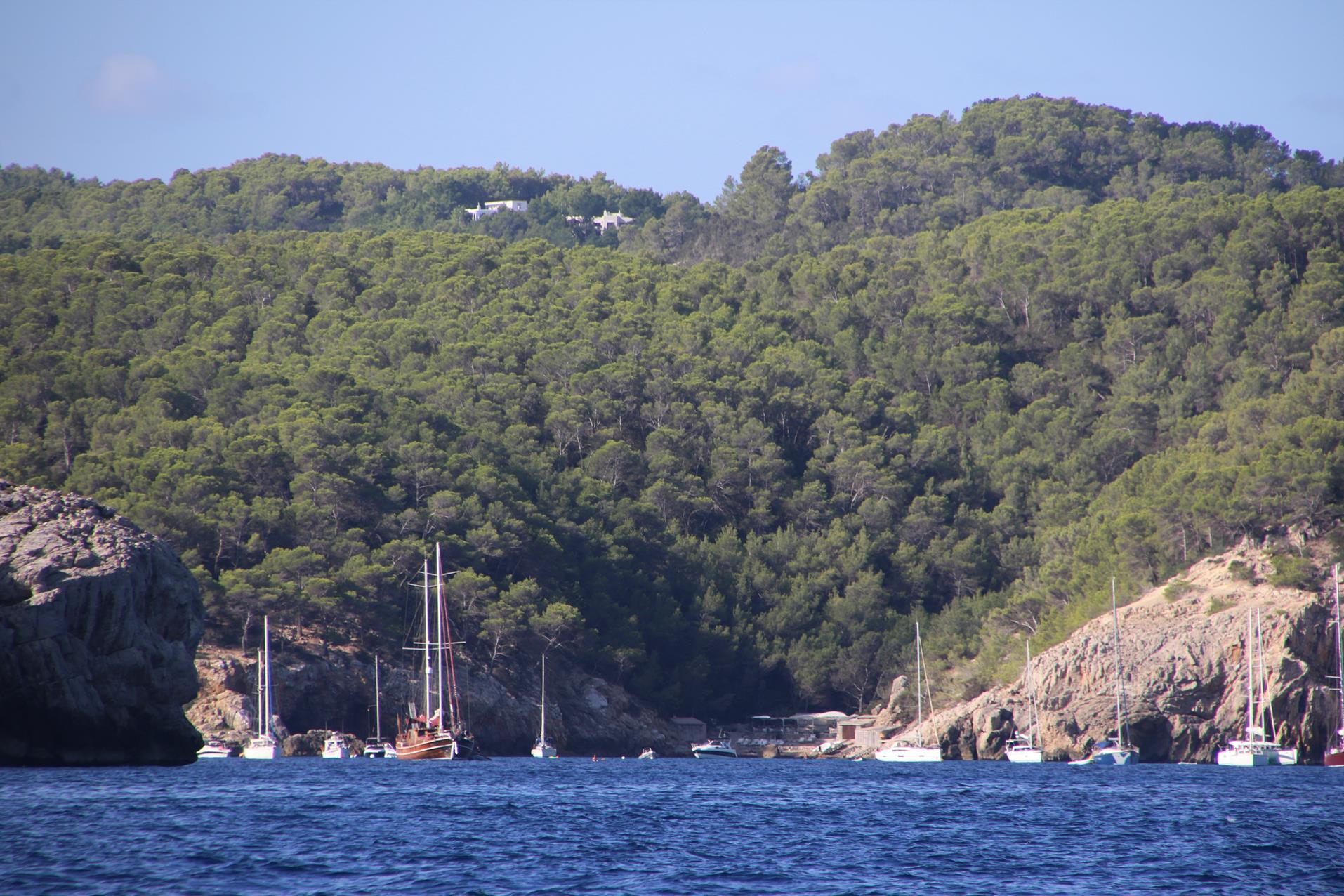 2017-08-21 cala binirris, ibiza island to cala de santa ponsa