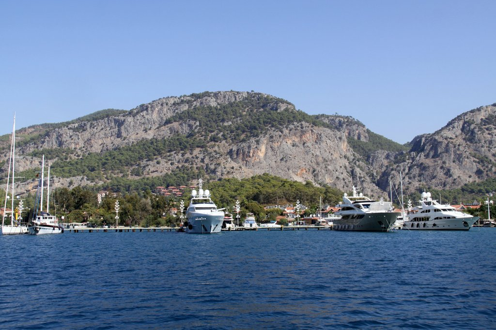 The Larger Luxury Boats at Skopea Marina