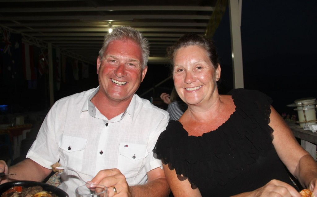 We Meet Fun English Couple, Stephen & Linda and Join them for Dinner