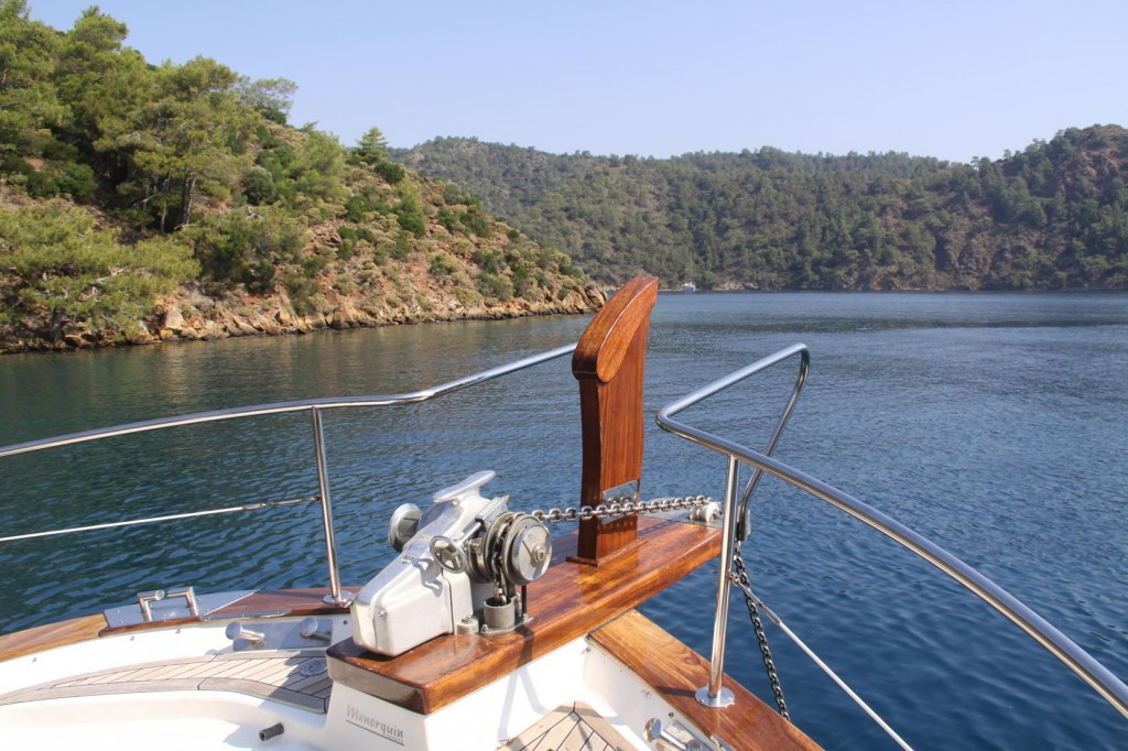 We Move from Our Overnight Mooring to a Small Bay at the Entrance to Boynuz Buku