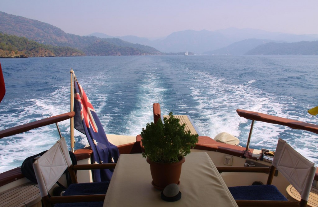 Back into the Fethiye Gulf to Show Rod and Kate Our Favourite Bays