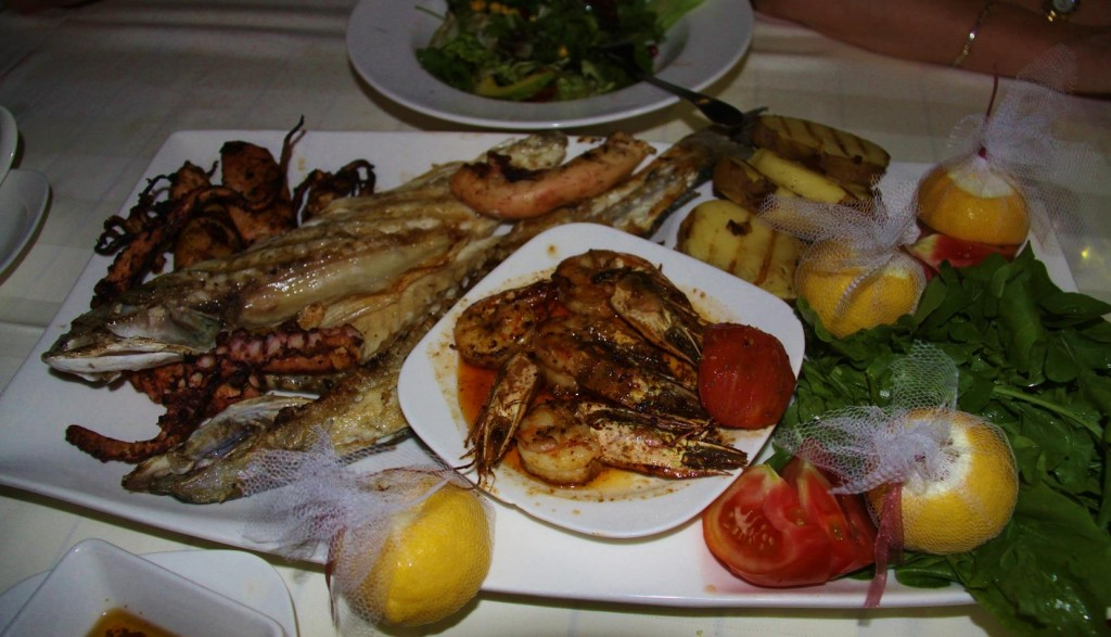 A Beautifully Presented Mixed Seafood Platter for Us all to Share
