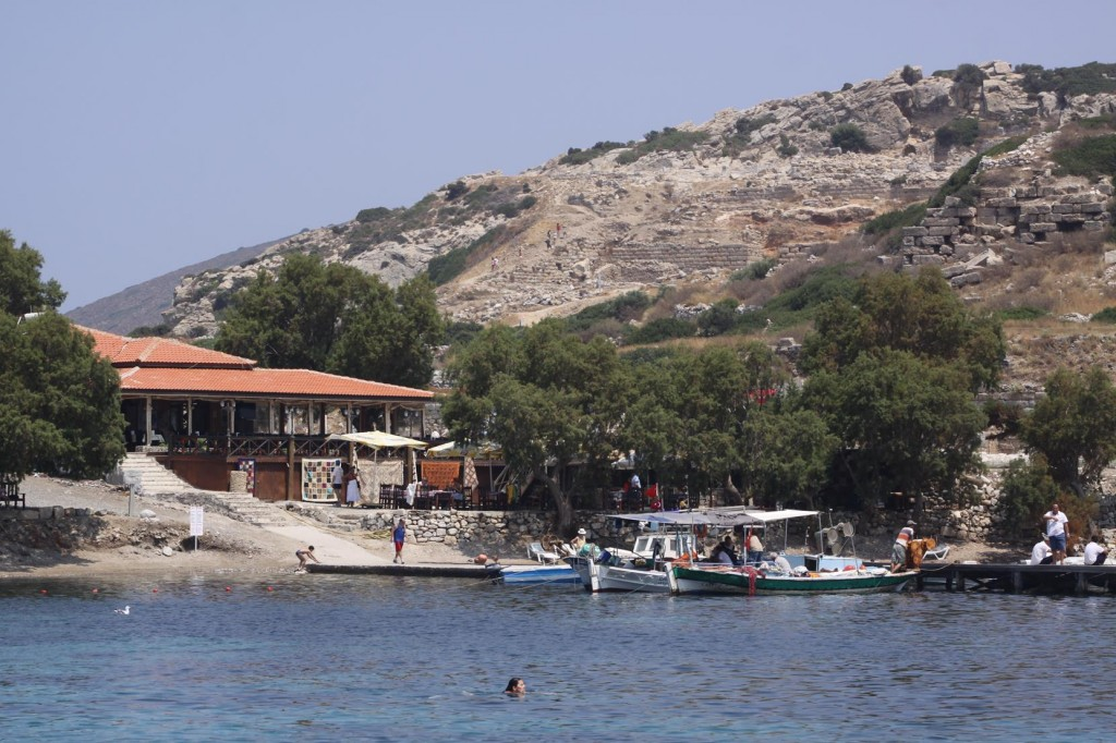 Knidos Restaurant Overlooks the Bay and has a Long Jetty which Holds Up to 25 Yachts