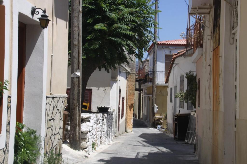 A Narrow Streets in Pagondas