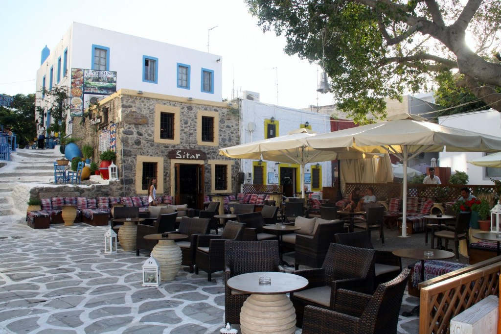 So Many Bars and Restaurants in Kos which do not have Patrons until Very Late