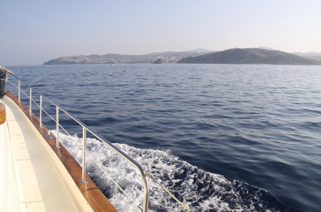 We Make Our Way Back North Towards the Teos Peninsular