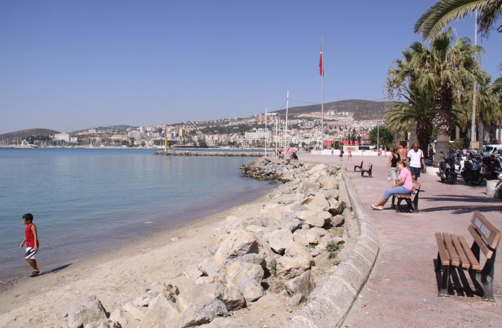 Along the Main Kusadasi Foreshore with Wonderful People Friendly Open Spaces