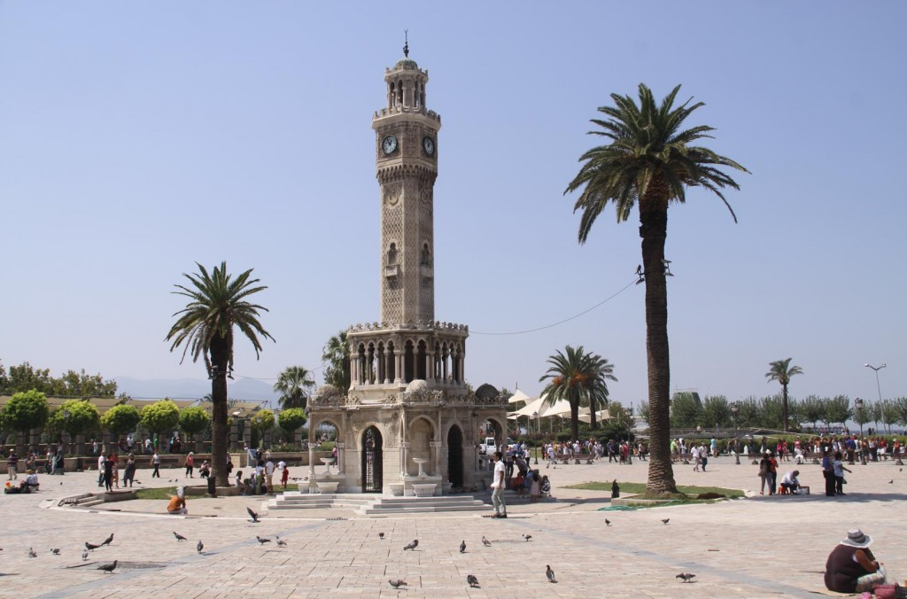 The Historical Clock Tower in Konak Square dates back to 1901 - it was a Gift from the German Emperor Wilhelm 11