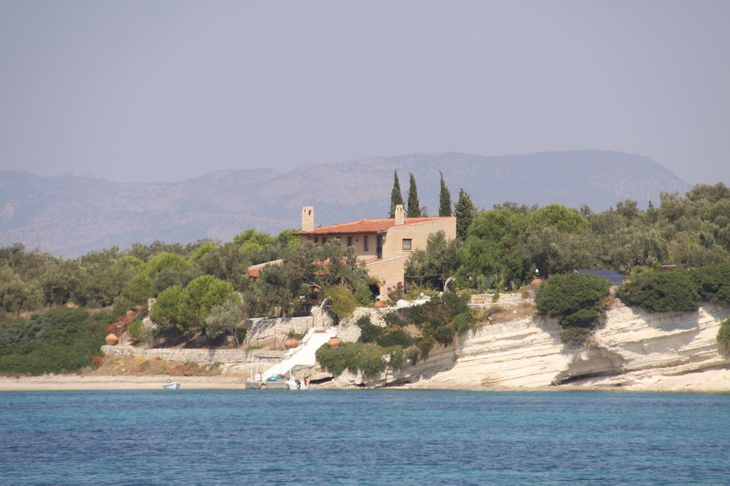 On Kalem Adasi there is a Beautiful Private Villa by the Water