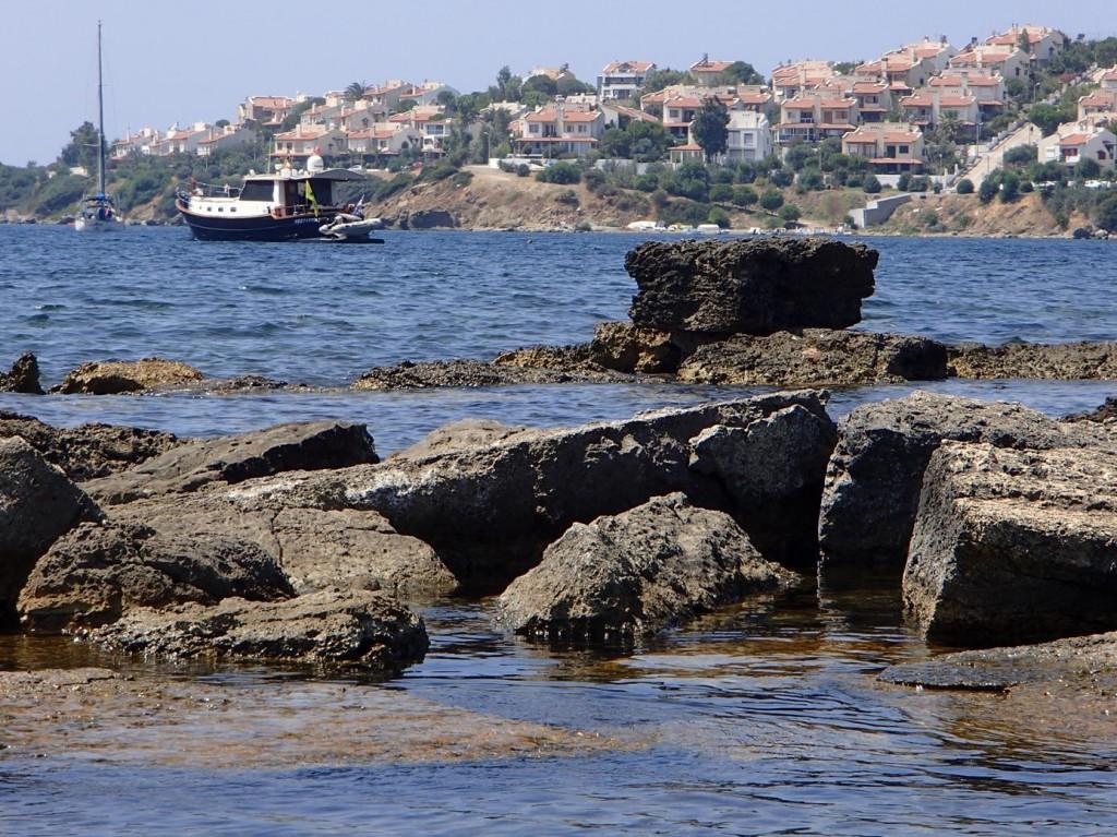 We Snorkel Around the Old Ancient Harbour
