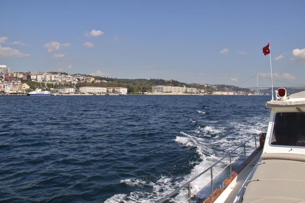 The Tangaroa Leaves the Palaces of the Bosphorus
