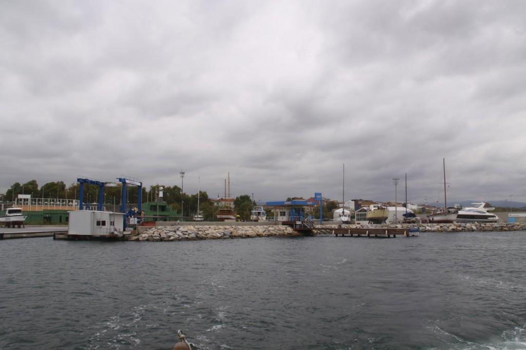 The New Setur Yalova Marina Offered Inexpensive Hard Stand Boat Storage
