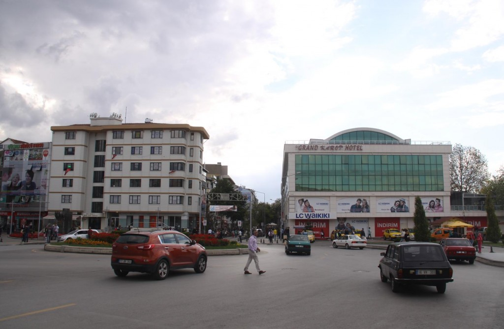 Yalova's Main Traffic Roundabout with the Carrot Hotel on the Right