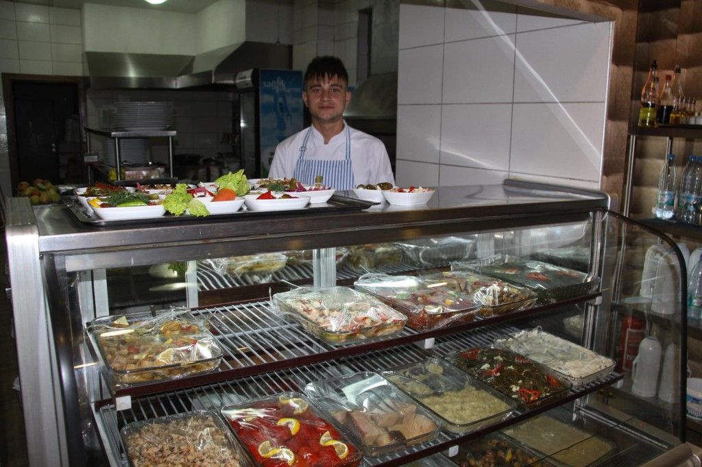 Plenty of Choices for Mezes and Fish