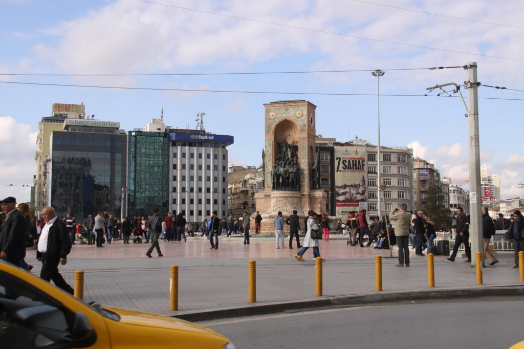 Time to go to the Hairdresser - a short Taxi trip to the Famous Taksim Square