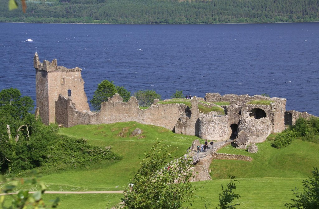 247 Urquhart Castle on Loch Ness