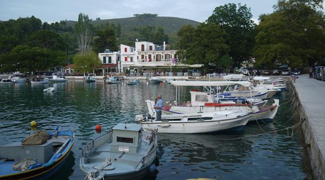 After the Afternoon of Swimming we go into Agnontas for the Night and Tie Up along the Pier