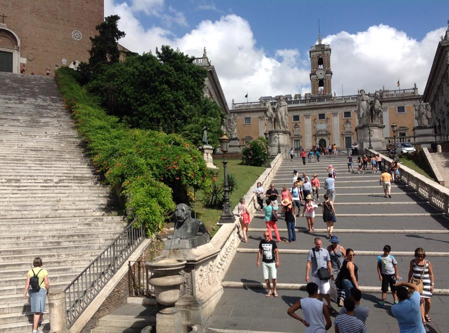 Many Tourists in Rome Today