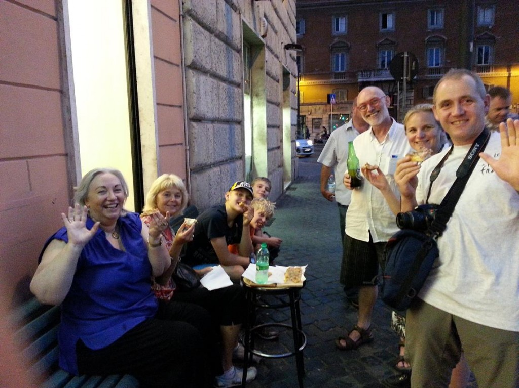 With Australian Friends we Enjoy Pizzas at Pizzeria Florida by Largo di Torre Argentina
