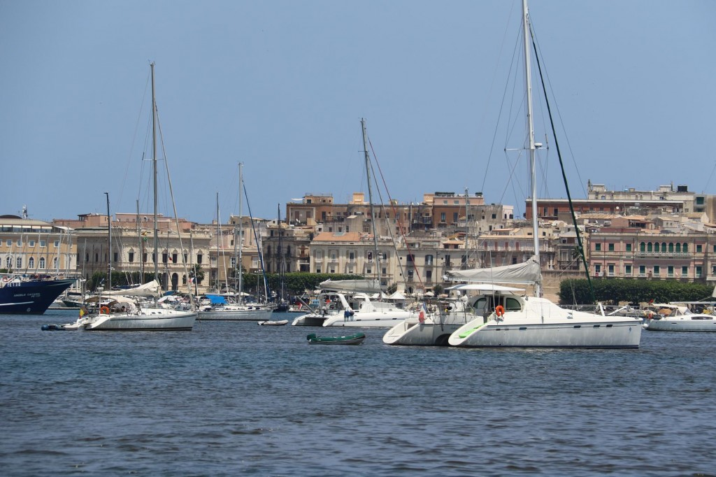 Leaving the marina we come back into the Grand Harbour in Siracusa