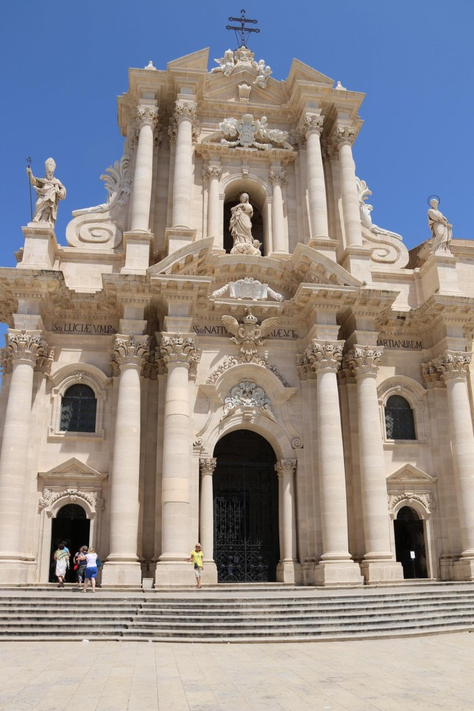 Back to the Magnificent Duomo in Siracusa