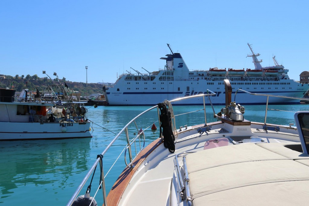 We are pleased with our position in the port which is close to all the facilities,shops and restaurants