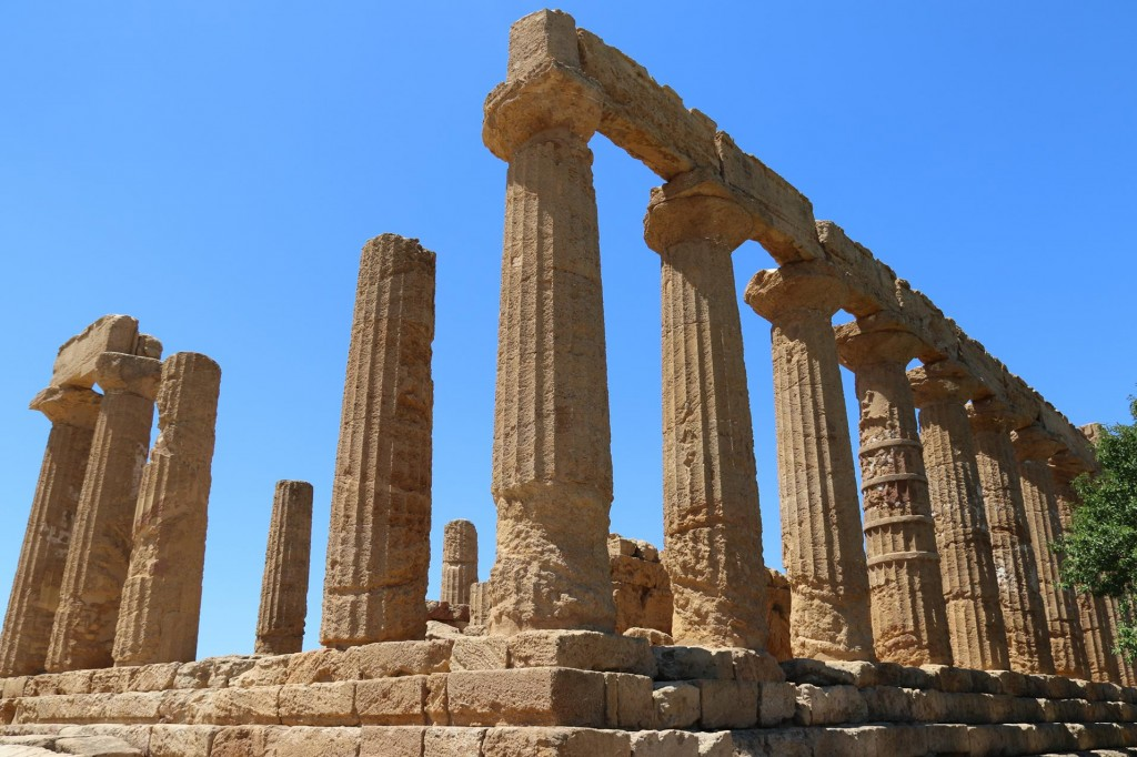 Our first stop is Tempio Di Giunone (Temple of Juno or Hera) which dates back to 450BC