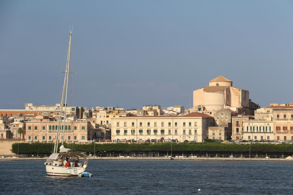The unfinished marina and new town quay with the rear of the Church del Collegio dei Gesuiti in the background