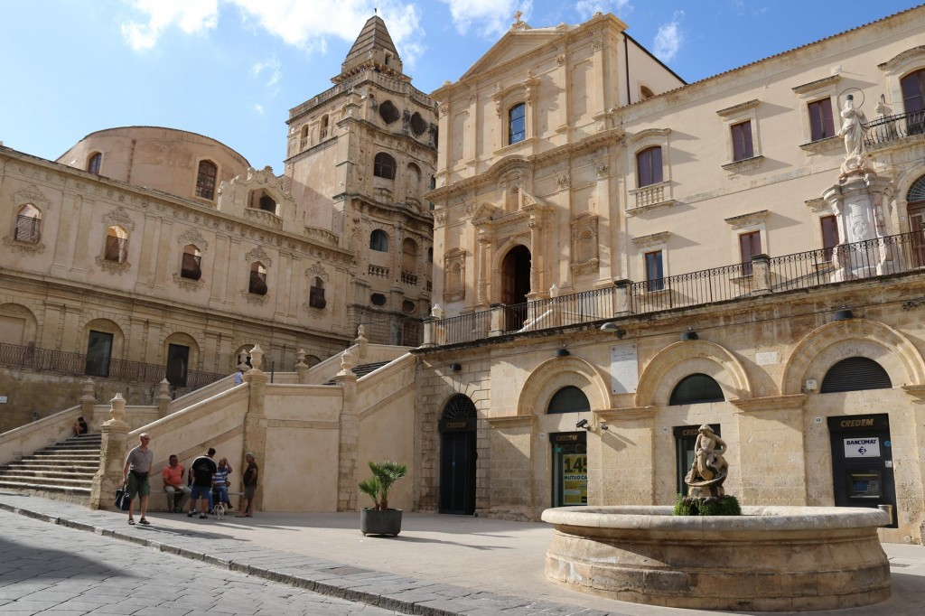 We visit the San Francesco All'Immacolata Church with it's Baroque staicase