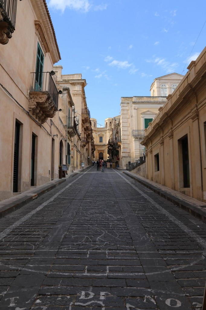 In the 3rd week of May every year this street is covered in flowers for the Noto Flower Festival