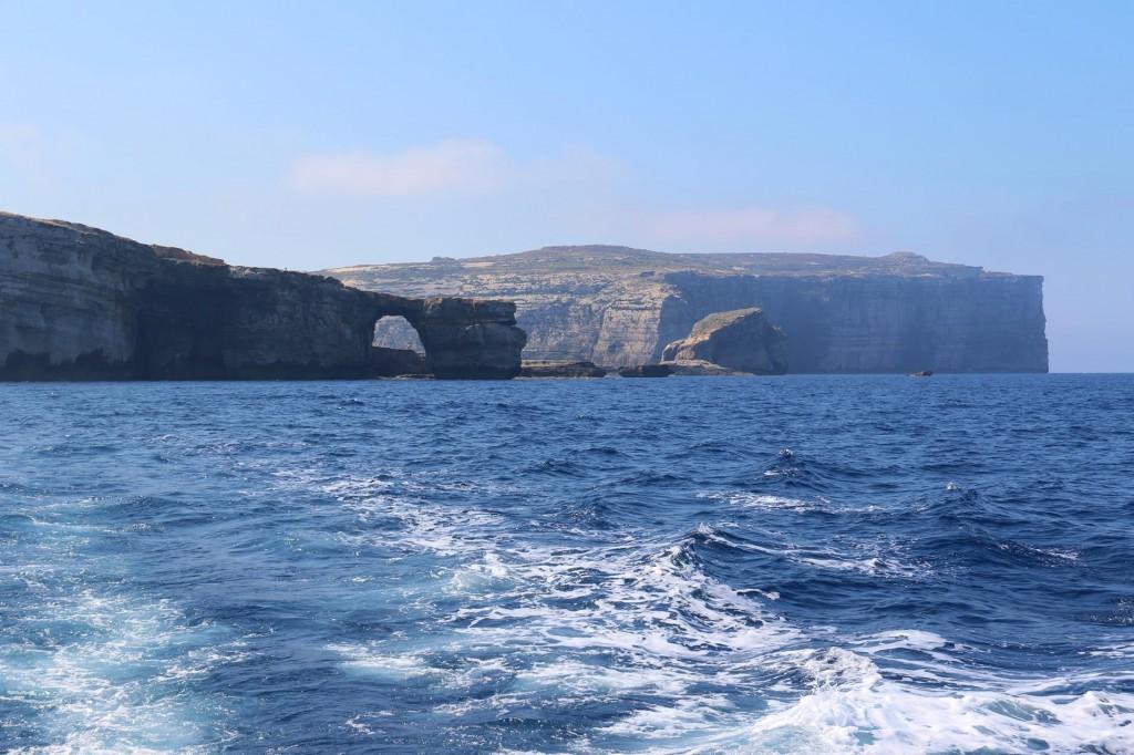 2015-06-03 (16) Departing Dwerjra Bay and the Azure  Window