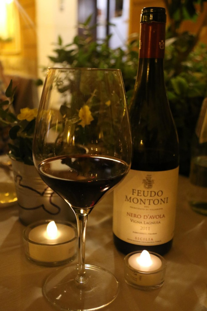 We try some of the delightful Sicilan reds with our delicious dinner