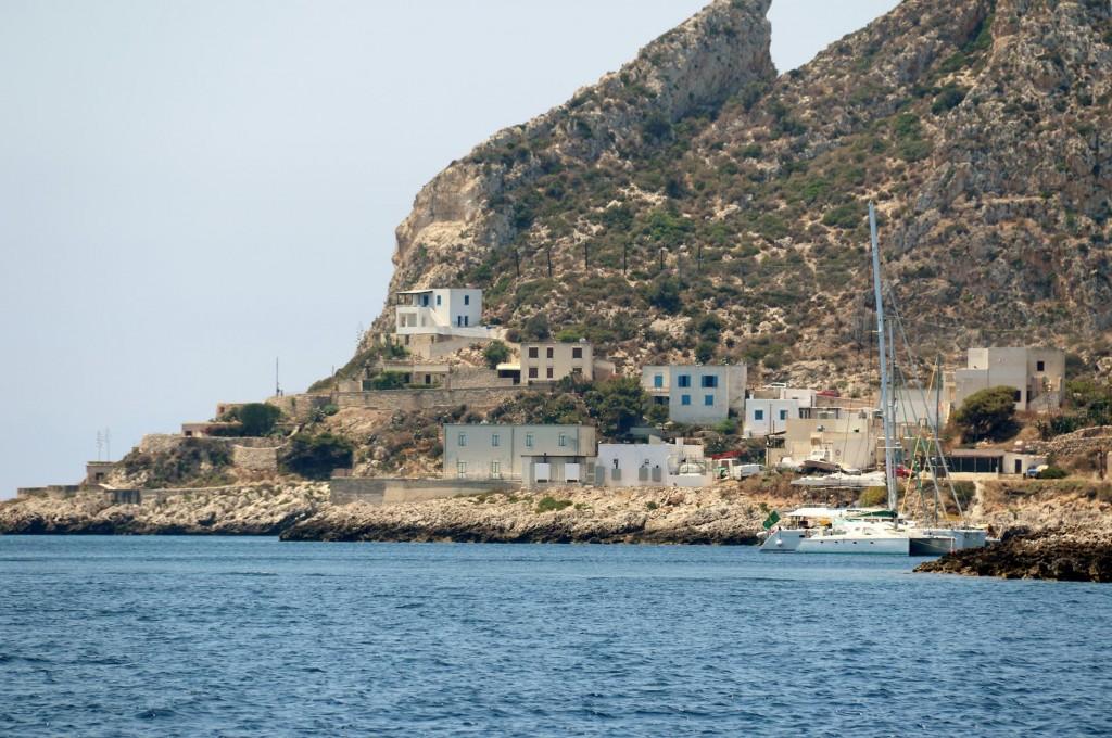 The next bay west called Carla Fredda had quite a few red mooring buoys