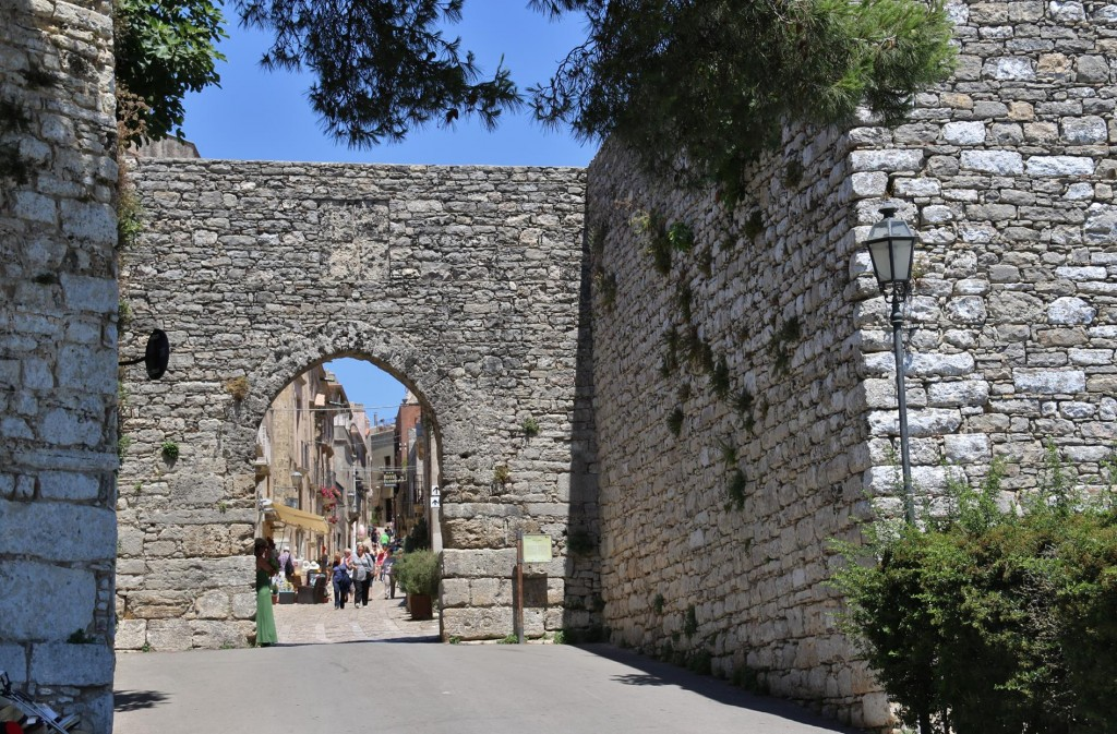 Once we arrived at Erice we entered the ancient medieval town by Porta Trapani