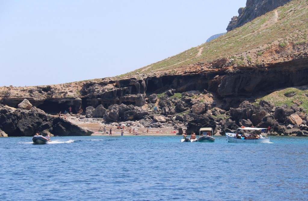 While in Scarlo Maestro we picked up a mooring buoy and took the opportunity to have a long swim
