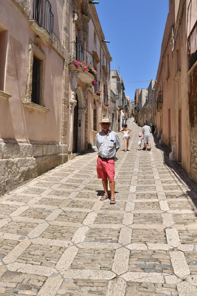Corso Vittorio Emmanuele is the main street of Erice which begins at Porta Trapani and goes uphill
