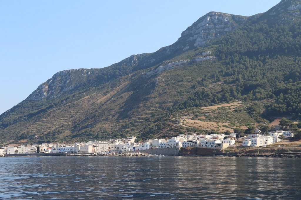 After a few hours we head south passing the small town of Marettimo with it's two miniature harbours