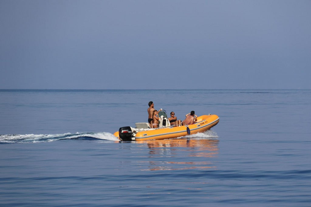 Locals heading back after a day of cruising