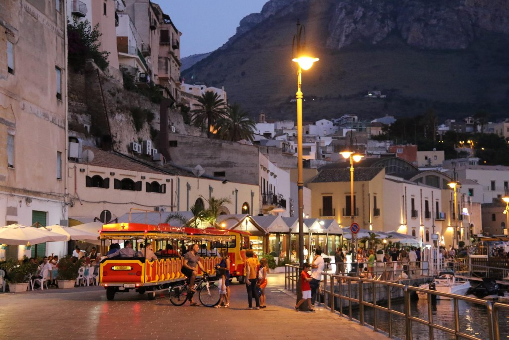 No doubt Castellamare del Golfo is a busy tourist town for the Scilians