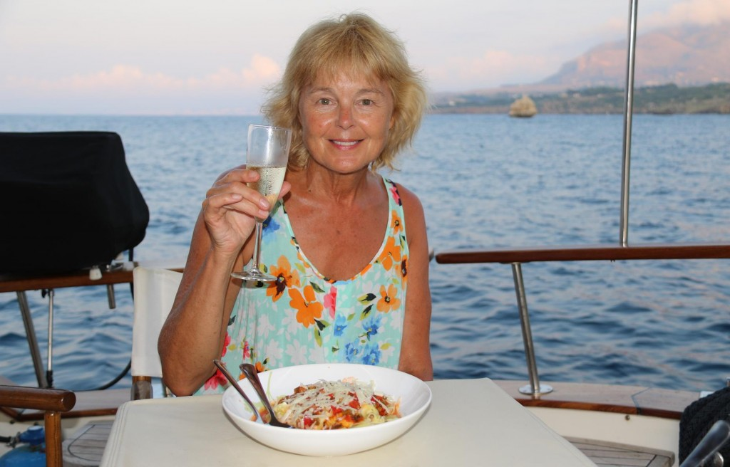 Together we cooked a picante vegetable sauce which we had with local fresh pasta - delicious