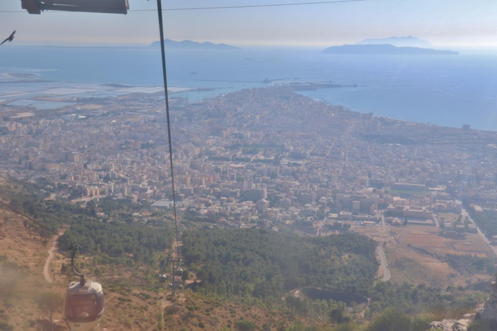 Wonderful views over Trapani and the Egadi Islands can be seen from the cable car