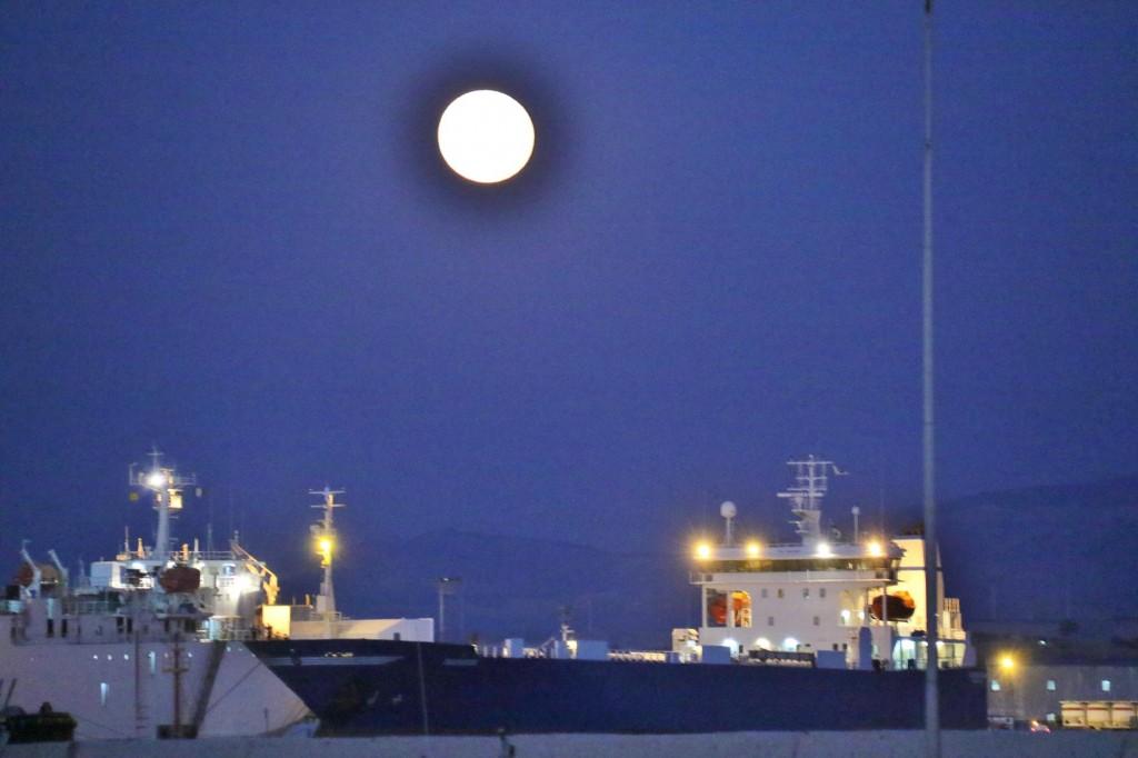 Once again a full moon !!