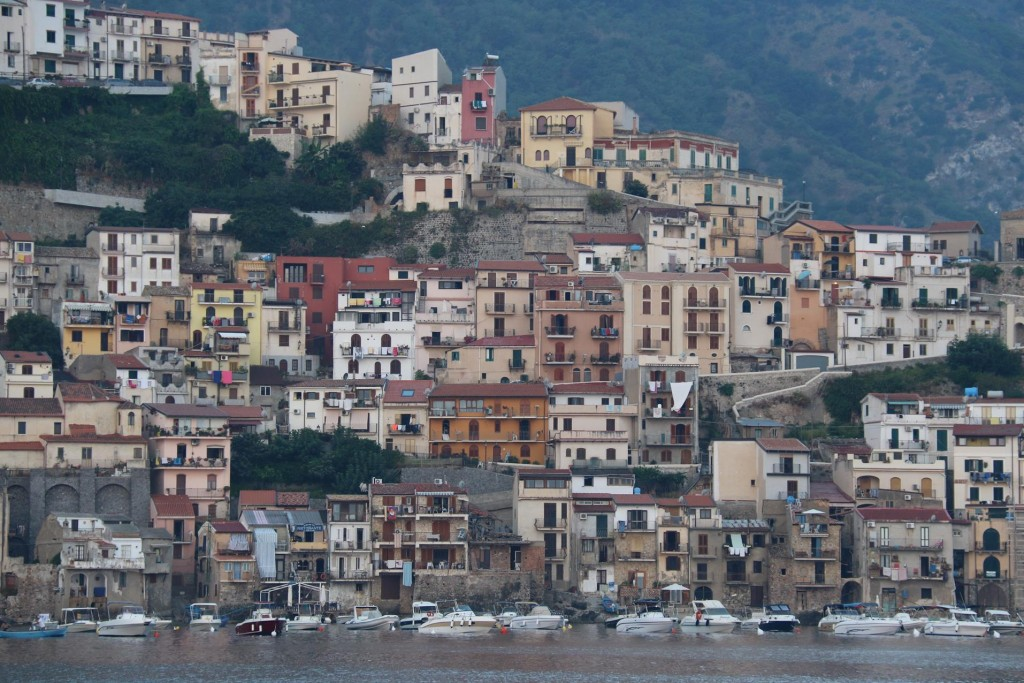 Our friend John had heard what a lovely town Scilla was, so we were pleased we stopped overnight