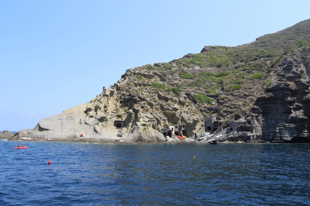 This area is very popular for swimming and many small day tripper boats come here too
