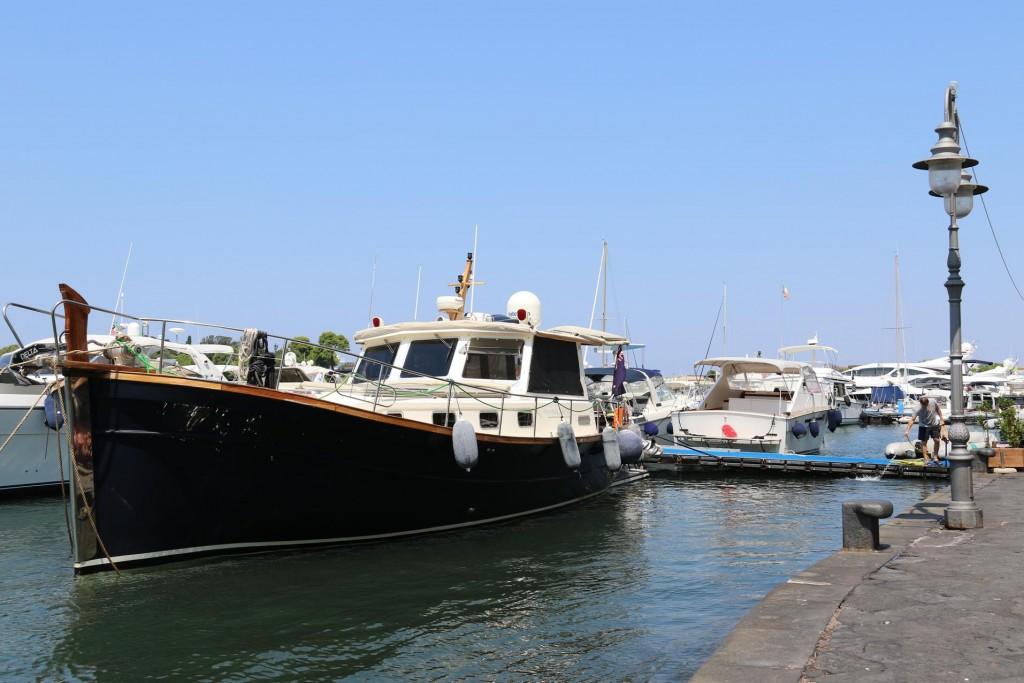 Tangaroa in Porto d'Ischia