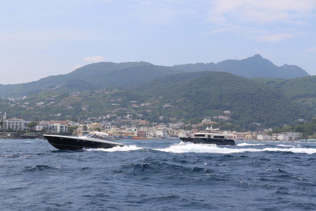 Plenty of fast moving powerboats greet us in Ischia