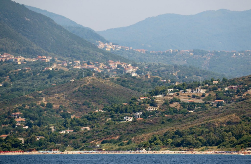 In the hills in the distance we can see the tiny village of Montano Antilia which we visited