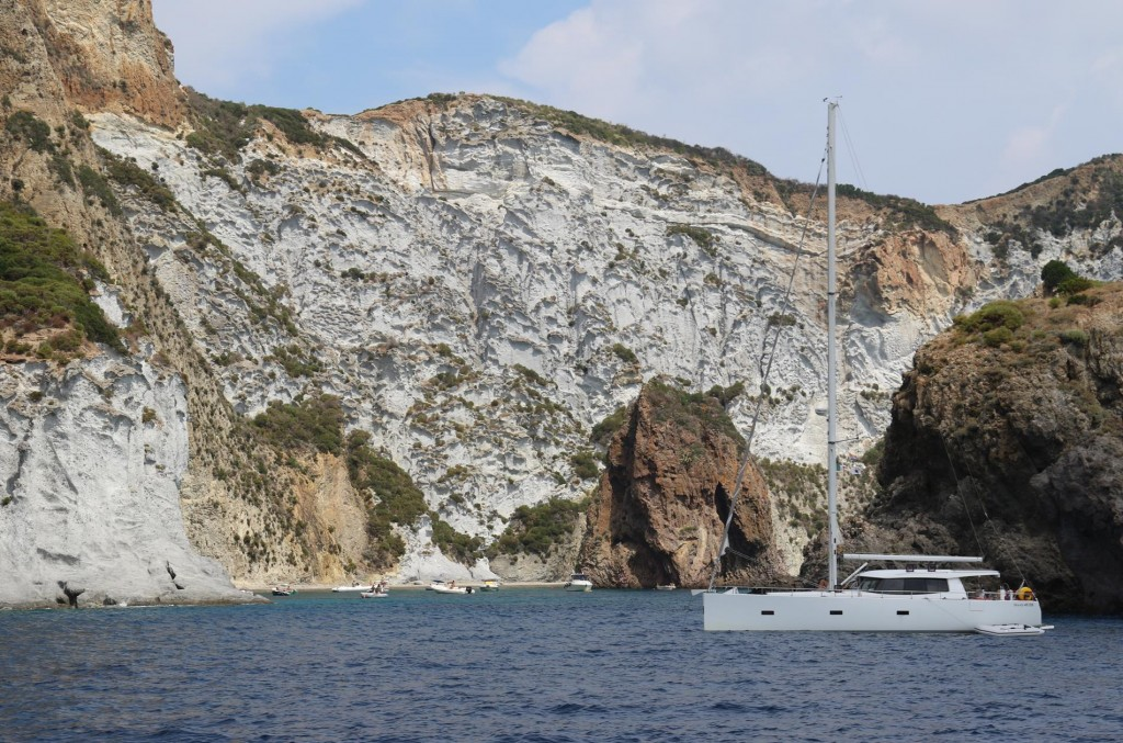 More stunning scenery on the way to the top of Ponza Island